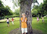 De-a v-ați ascunselea? 10 jocuri uitate din copilăria ta, pe care le poți juca cu copilul tău